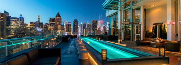 Zoom sur «The press lounge», un des plus beaux rooftop de New York