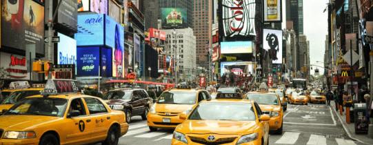 Découvrez Times Square à New York, un lieu de passage incontournable
